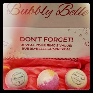 Bubbly Belle Bath Bombs With Gemstone Rings! 7